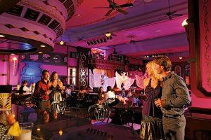 Hotel Riu Palace Pacifico Entertainment