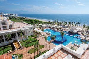 Hotel Riu Palace Pacifico Pool